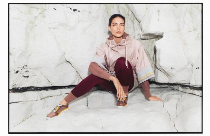 Впродажу поступила новая коллекция adidas byStella McCartney