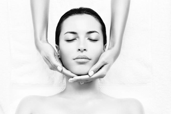 Интенсивное увлажнение кожи лица всалоне Nuvo