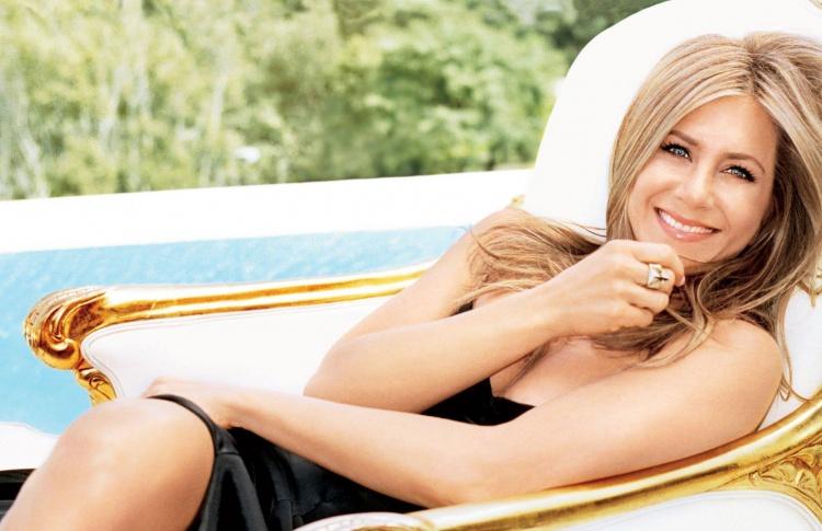 5 секретов красоты и молодости Дженнифер Энистон Фото №426317