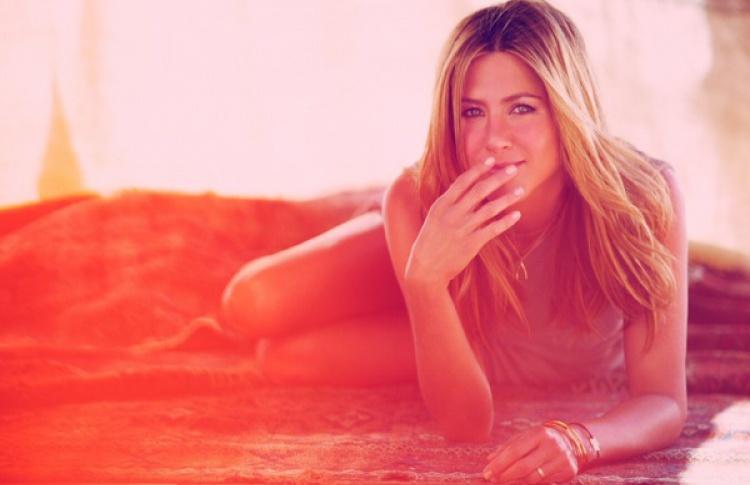 5 секретов красоты и молодости Дженнифер Энистон Фото №426321