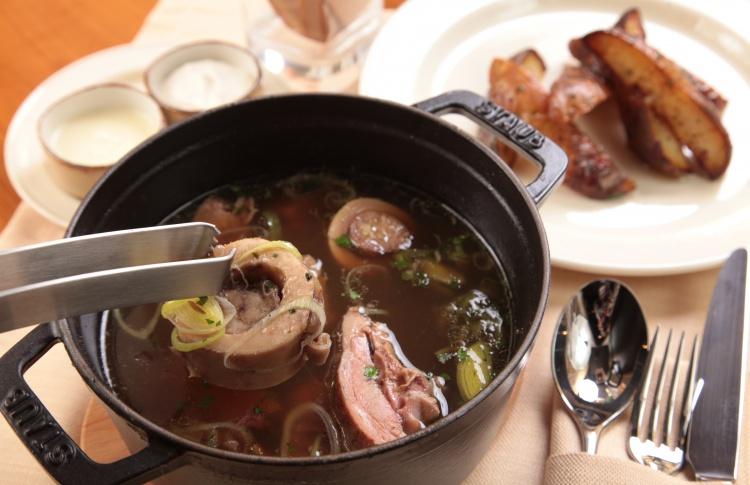 Тренд: блюда с мозговыми косточками Фото №426964