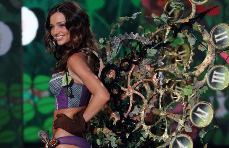 10 самых знаменитых «ангелов» Victoria's Secret Фото №427953