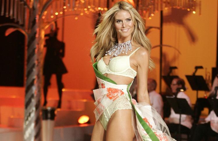 10 самых знаменитых «ангелов» Victoria's Secret Фото №427955