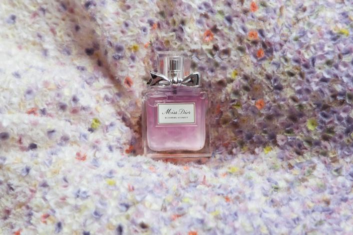 4 аромата в подарок девушке