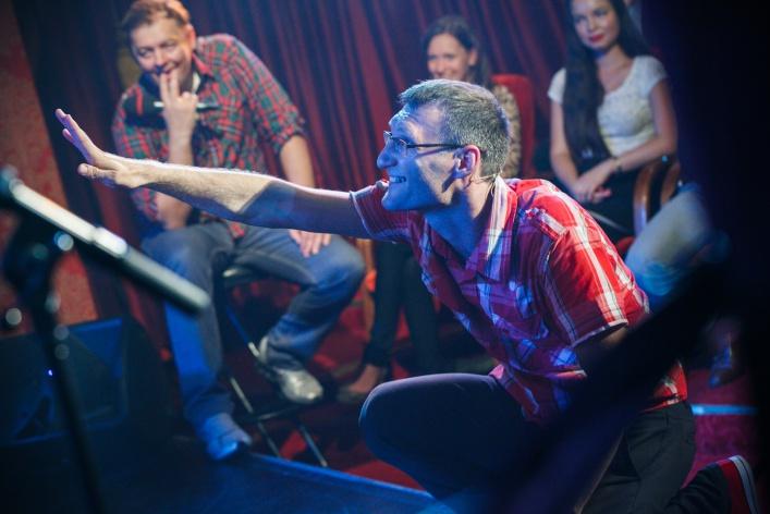 «Шоу из воздуха»: мировое движение театральных импровизаций Theatresports теперь и в Москве!