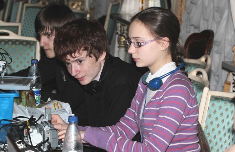 Международный фестиваль детского технического творчества в Константиновском дворце