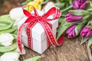30 идей для подарков к 8 Марта