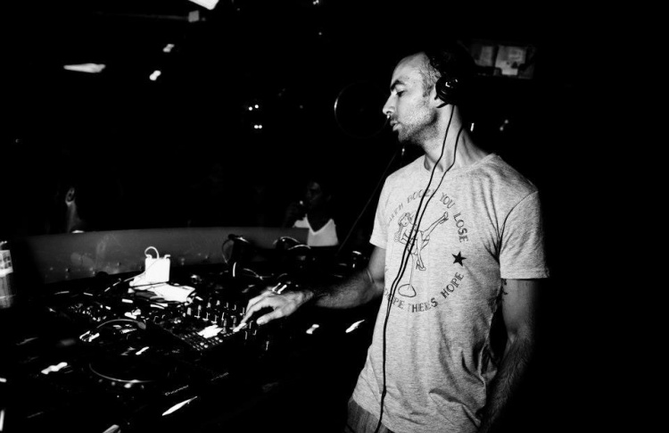 DJ Хулиан Перес