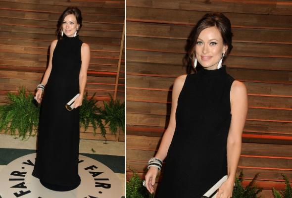 Звездный тренд: черное платье в пол - Фото №7