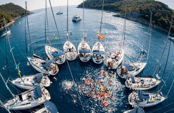 Каникулы на яхте: неделя на Ибице
