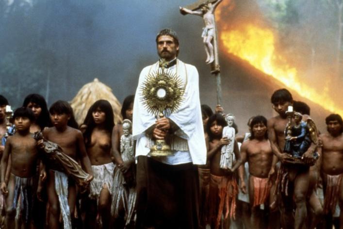 5 лучших священников-киногероев