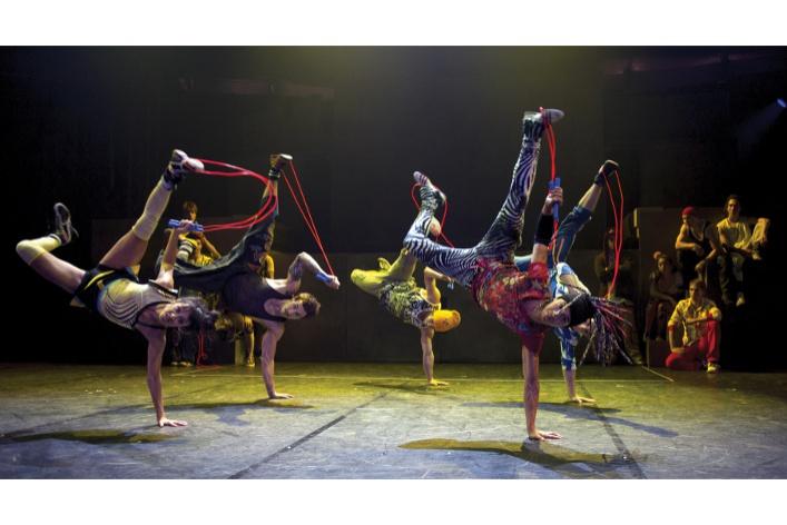 Cirque du Soleil и Cirque ÉloizeiD