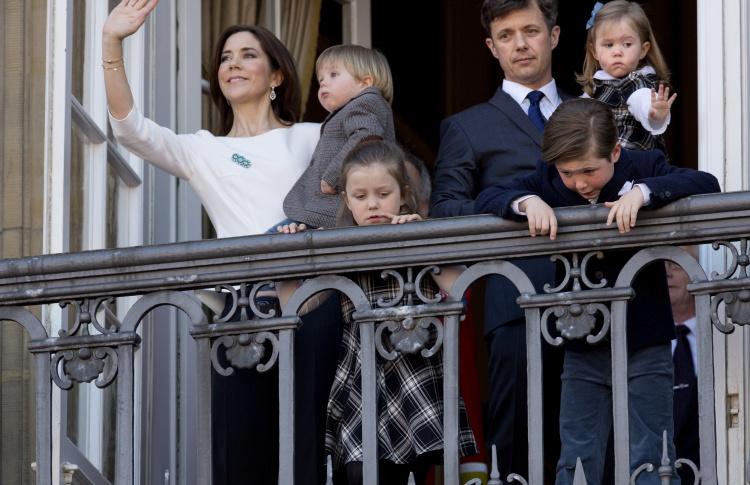 5 молодых королевских семей  Фото №433501