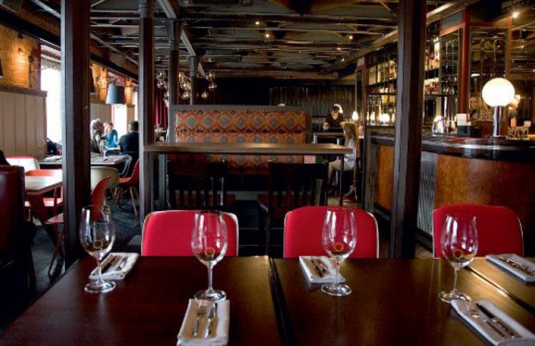 Где выпить: 11 лучших мест Фото №434142