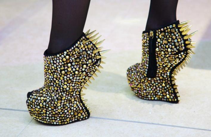 Весенняя ярмарка итальянской обуви от Mania Grandiosa