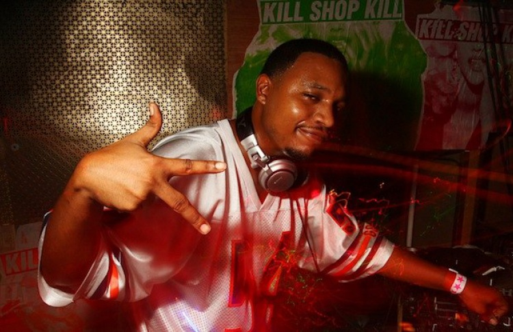 Russian: a tribute to dj Rashad