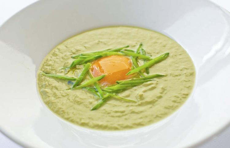18 разноцветных весенних супов Фото №435508