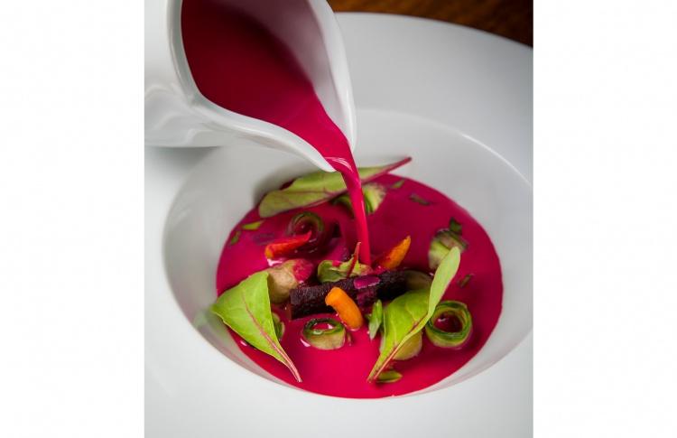 18 разноцветных весенних супов Фото №435520