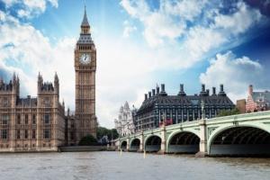 Лондон: шампанское и сосиски