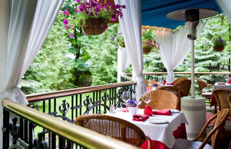 Летние веранды кафе и ресторанов Фото №435768