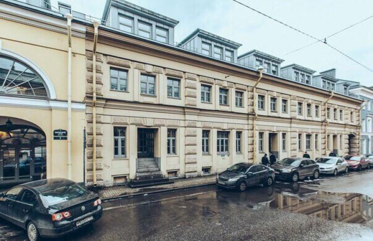 На Васильевском острове открылся бар «Биржа»