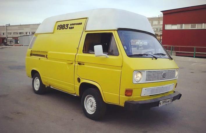 На улицах города появился фургончик с кофе и бейглами  - «1983»