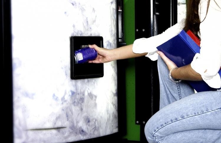 В метро будут бесплатно раздавать воду в жару
