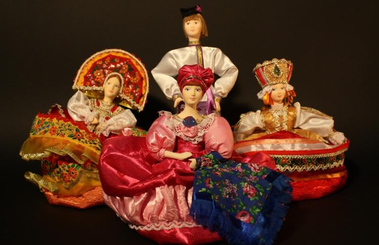 День рождения Петербургского музея кукол