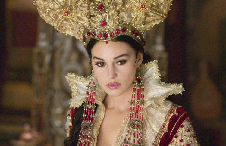 Анджелина Джоли («Малефисента») иеще5голливудскихактрис, сыгравшихсказочныхзлодеек Фото №436752