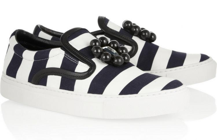 Слипоны: 6 пар актуальной летней обуви Фото №437290