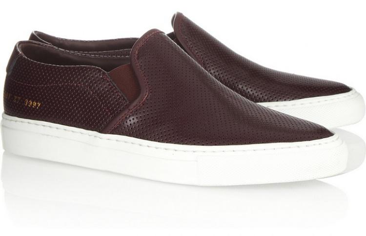 Слипоны: 6 пар актуальной летней обуви Фото №437292