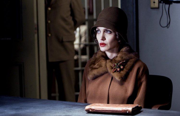 5 главных ролей Анджелины Джоли  Фото №437431