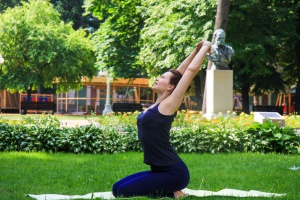 Йога летом: 5 необычных вариантов
