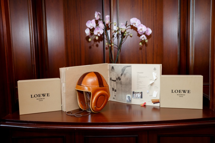 Компания Loewe представила новую коллекцию спортивных ароматов
