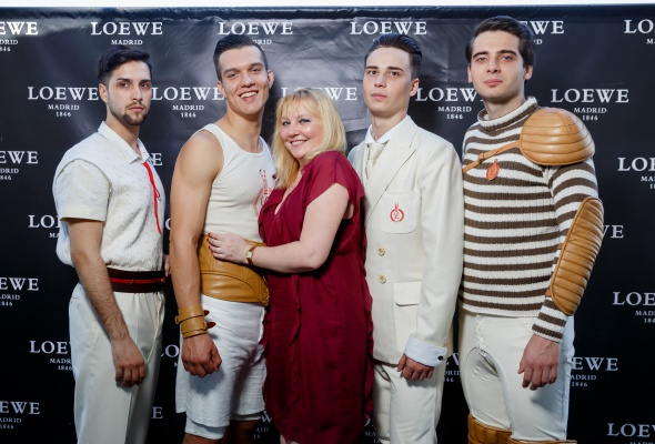 Компания Loewe представила новую коллекцию спортивных ароматов - Фото №10