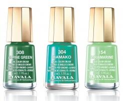 Тренд: зеленые ногти