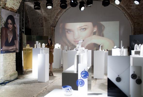 24 июня прошел первый в России fashion-показ компании Swarovski - Фото №1
