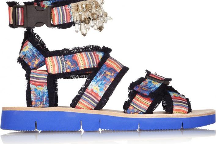 12 пар сандалий на лето