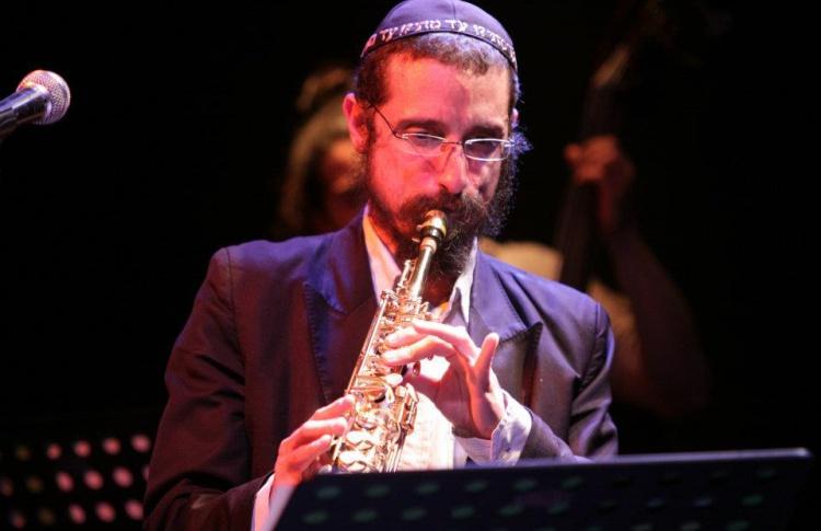 Израильский дуэт - Даниэль Замир (саксофон, вокал) и Омри Мор (фортепиано)
