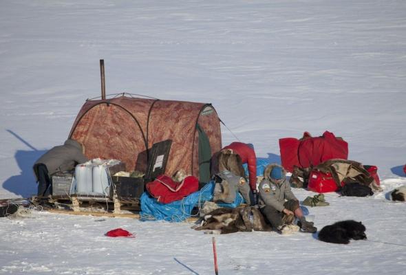 Арктика великая. Часть первая. Почитание духа огня - Фото №3