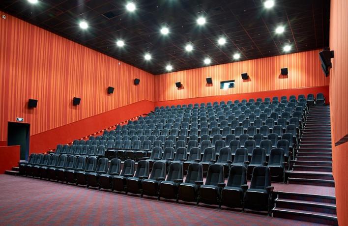 В Москве открылся самый большой кинотеатр России