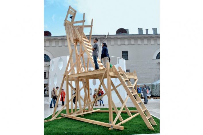 Гид по основному проекту биеннале молодого искусства «Время мечтать»
