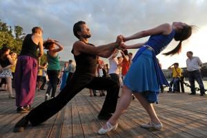 В Измайловском парке открылась бесплатная школа танцев
