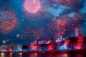 Москвичи хотят увидеть в День города фестиваль фейерверков и битву рэперов