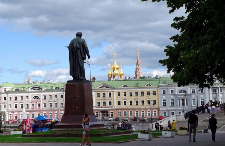 В центре Москвы отремонтируют известные памятники