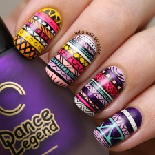 16 - 31dc2014 tribal print aztec geometric abstract pattern nails nailart ногти маникюр essie china glaze dance legend models own beautiful nails lets nail moscow 1.jpg