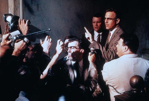 Джон Ф. Кеннеди: Выстрелы в Далласе - Фото №2