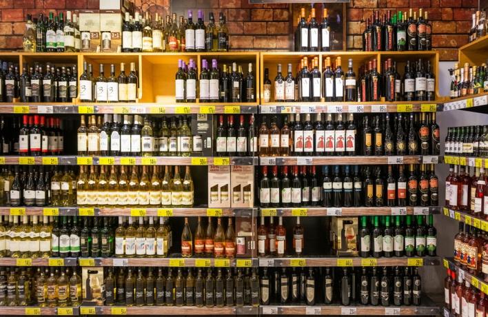 Продажу алкоголя в некоторых ресторанах могут запретить
