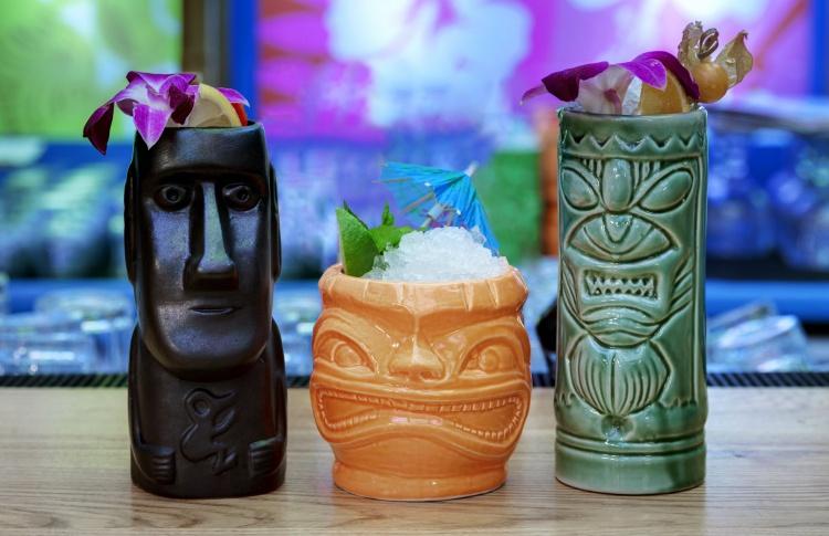 «Кон-Тики» приглашает отметить свой День Рождения по-гавайски!