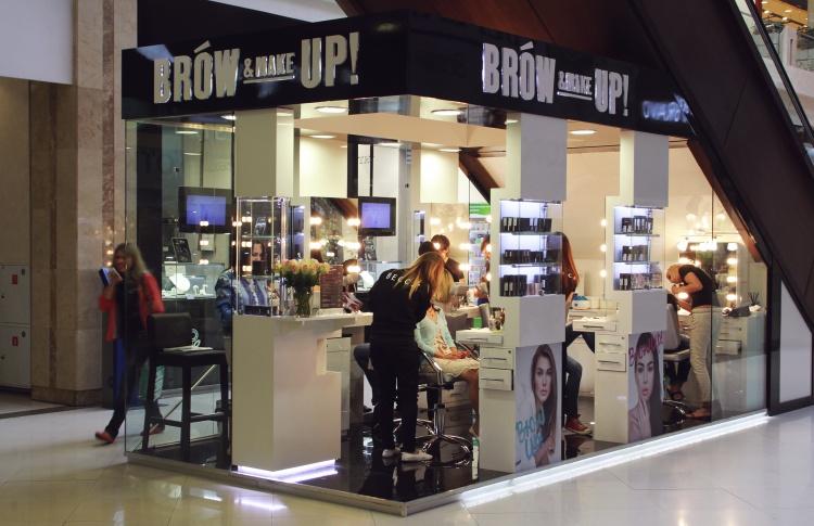 Новая сеть Brow Up! & Make Up